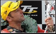 Dunlop viert triomfen met Isle of Man TT
